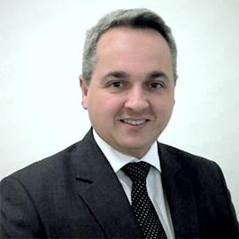 Dr. Arthur Ferreira